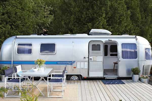 Pros and Cons of Airstream Trailers