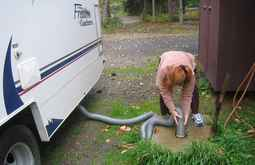 can-you-hook-up-an-rv-to-a-septic-tank