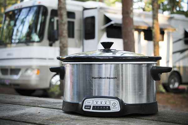 crock-pot-wattage-how-many-watts-does-a-crock-pot-use.jpg