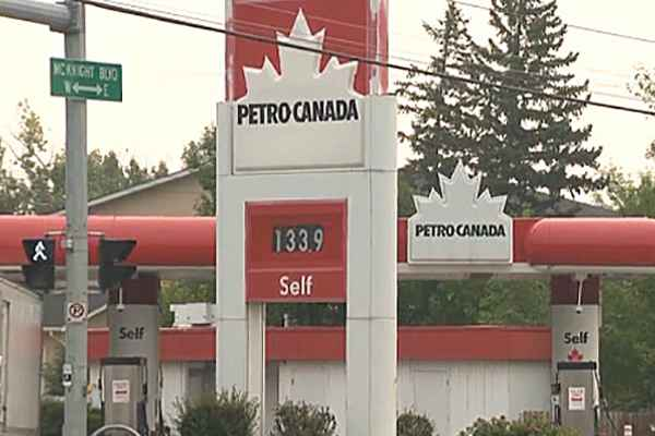 gas-prices-in-canada-per-gallon-vs-us-gas-price-per-litre