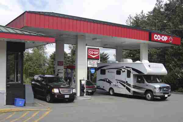 the-average-rv-gas-tank-size-and-tips-to-go-further