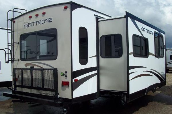 12-Facts-About-RV-Slide-Outs-You-Need-to-Know