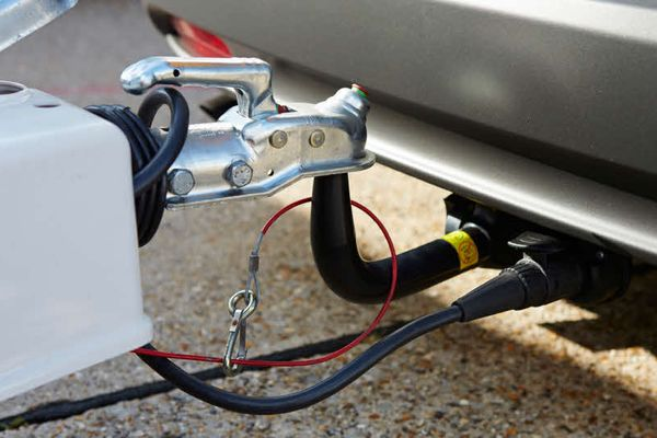 How-to-Wire-and-Install-a-4-Pin-to-7-Pin-Trailer-Adapter