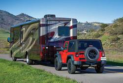 Best-Used-Cars-to-Tow-Behind-Motorhome