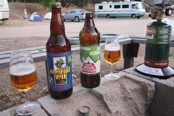 Drinking-in-a-Motorhome-Laws-Can-You-Drink-in-a-Moving-RV-feat