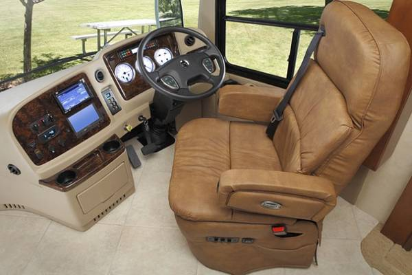 Drivers-License-Can-I-Drive-a-Motorhome-With-a-Car-License
