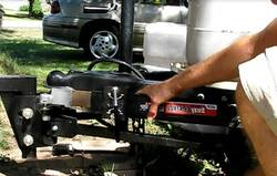 How-do-Travel-Trailer-Sway-Bars-Work