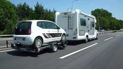 Lightweight-Cars-for-Towing-Behind-Motorhomes