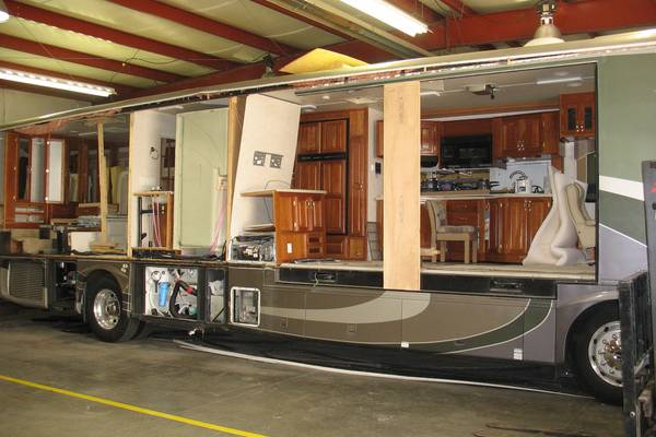 Replacing-RV-Wall-Paneling-in-10-Steps-RV-Wall-Repair-Tips