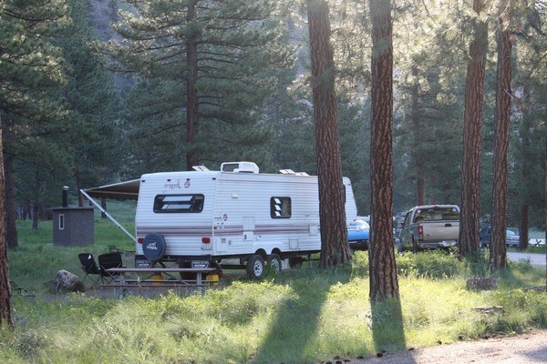 Find-Rental-Trucks-For-Towing-Travel-Trailer-or-Fifth-Wheel