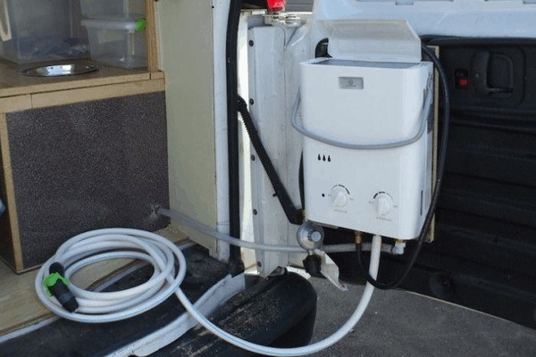 tankless-water-heater-for-RV