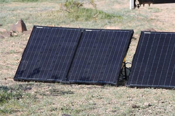 Furrion-Solar-Panel-for-RV-5-Options-and-Alternatives