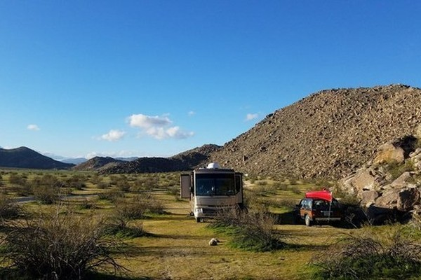 Top-6-Boondocking-Southern-California-Locations-Beach-BLM