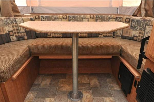 How-To-Secure an-RV-Dinette-5-RV-Dinette-Table-Wall-Mounts
