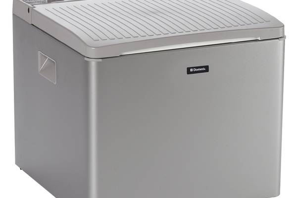 12v-220v-Gas-Fridge-FreezerDometic-RC-4000 3-way-Portable
