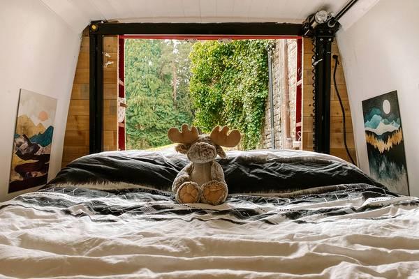 Happijac-Bed-Lift-Alternative-and-Price-Manual-vs-Electric