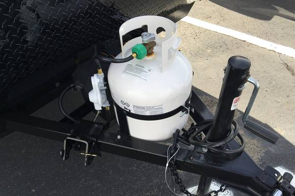 How-to-Mount-Propane-Tank-On-Trailer-Tongue-11-Bracket-Options